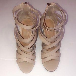 Women's Nude Heels Size 7